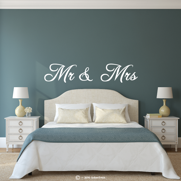 sticker t te de lit mr mrs 2. Black Bedroom Furniture Sets. Home Design Ideas